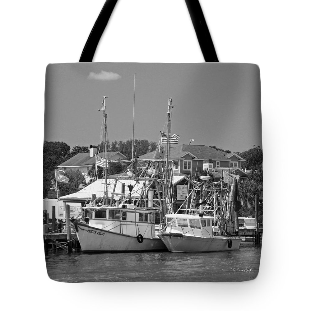 Shrimper Tote Bag featuring the photograph Family Thing - Black And White by Suzanne Gaff