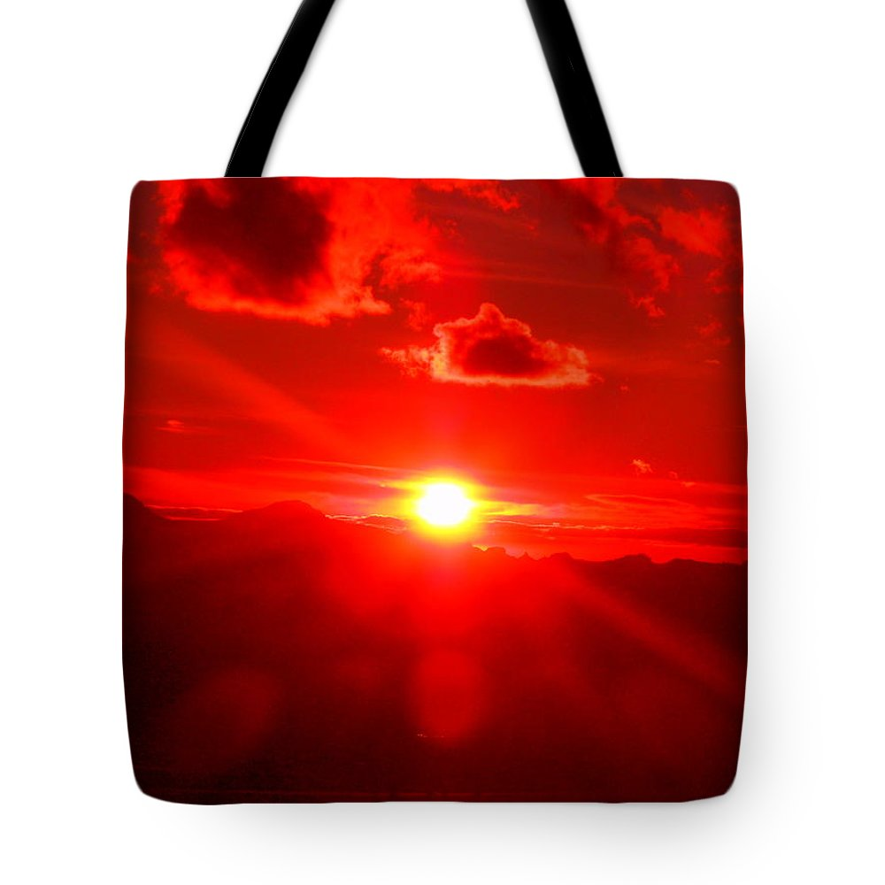 Dramatic Tote Bag featuring the photograph Fire In The Sky by James Welch