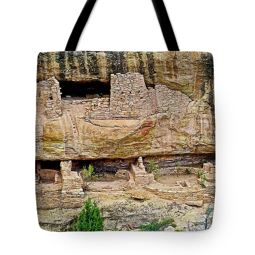 Fire Temple From Chapin Mesa Top Loop Road In Mesa Verde National Park Tote Bag featuring the photograph Fire Temple On Chapin Mesa Top Loop Road In Mesa Verde National Park-colorado by Ruth Hager