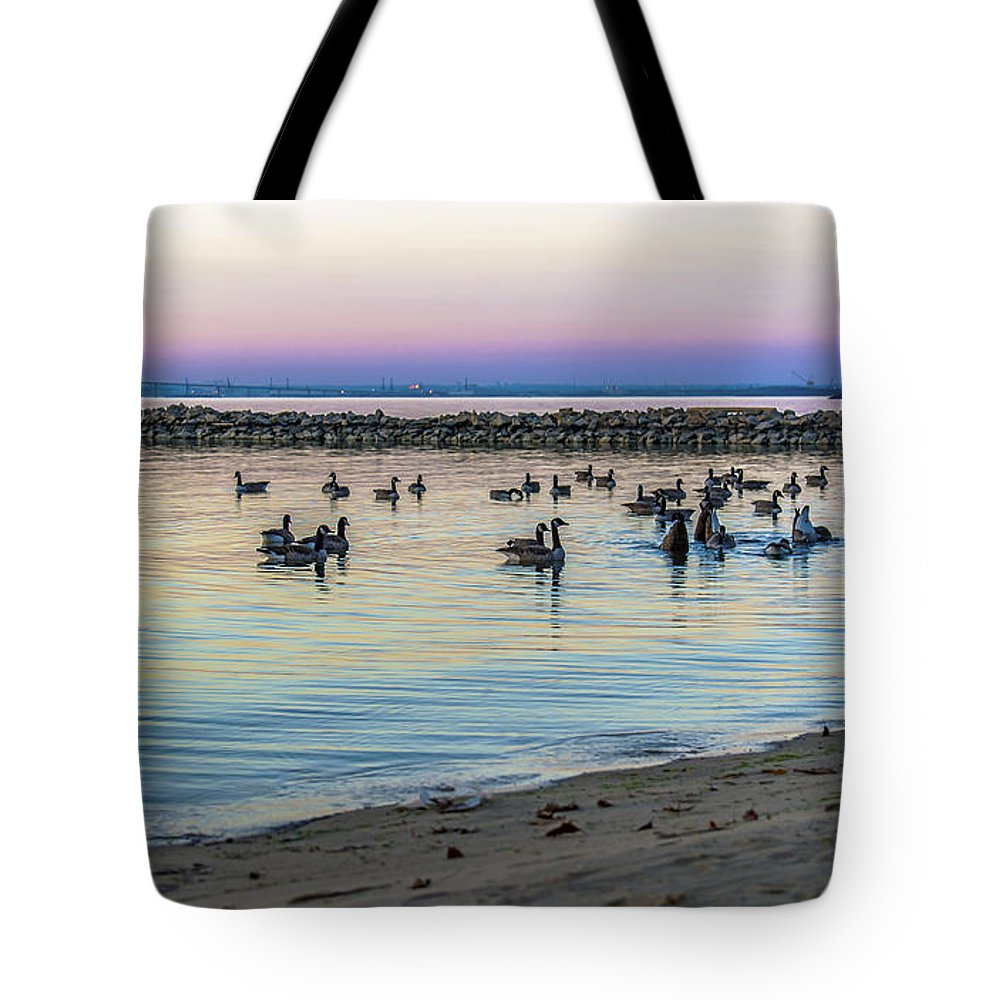 2d Tote Bag featuring the photograph Geese At Dusk by Brian Wallace