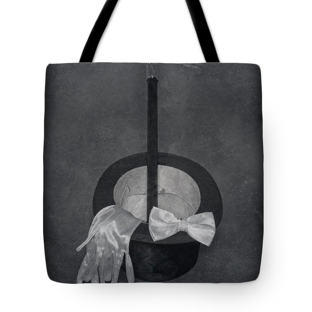 Top Hat Tote Bag featuring the photograph Gentleman by Joana Kruse