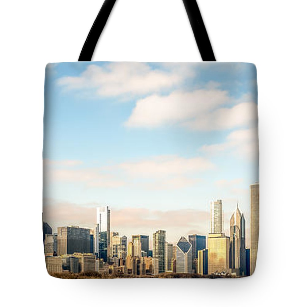 America Tote Bag featuring the photograph High Resolution Large Photo Of Chicago Skyline by Paul Velgos