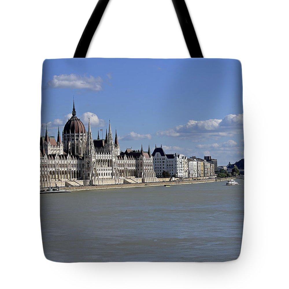Hungarian Parliament Building Tote Bag featuring the photograph Hungarian Parliament Building by Tony Murtagh