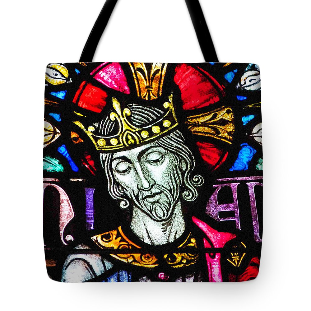 Jesus Tote Bag featuring the photograph Jesus The King by Munir Alawi
