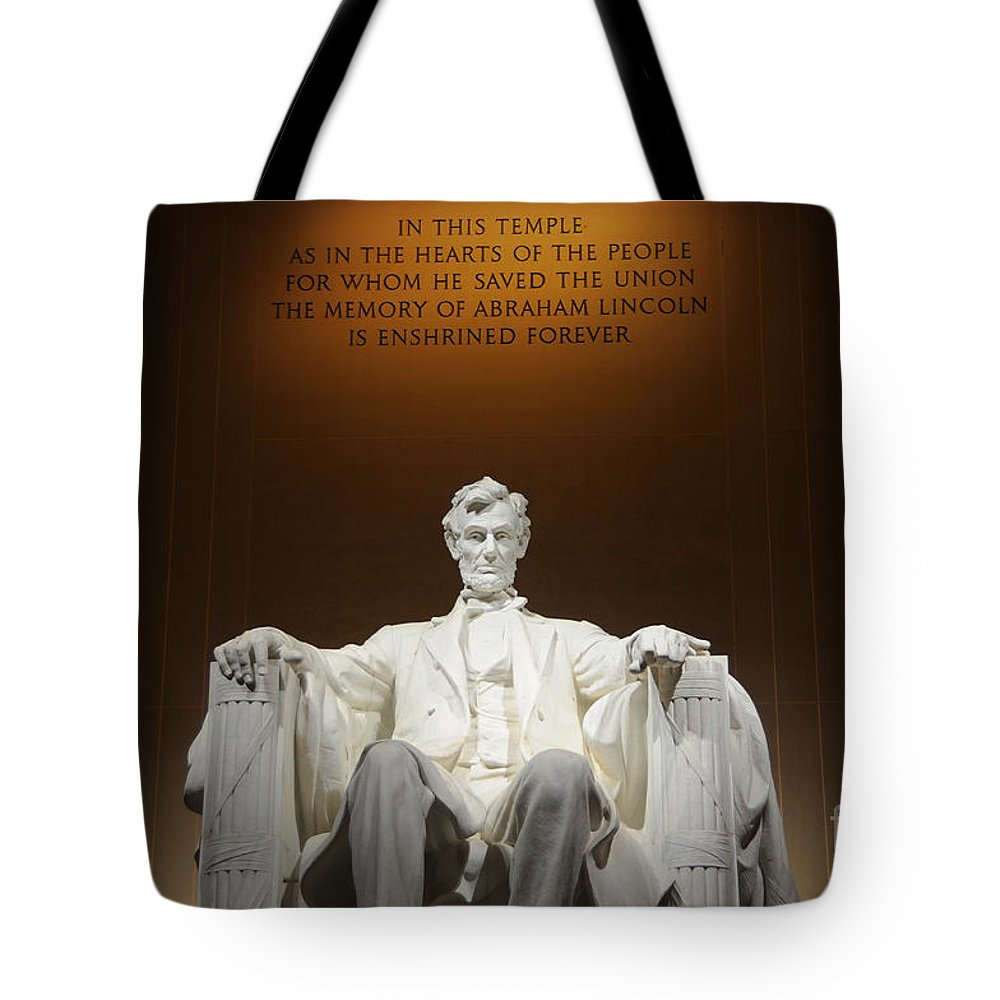 Lincoln Memorial Tote Bag featuring the photograph Lincoln Memorial At Night - Washington D.c. by Gary Whitton