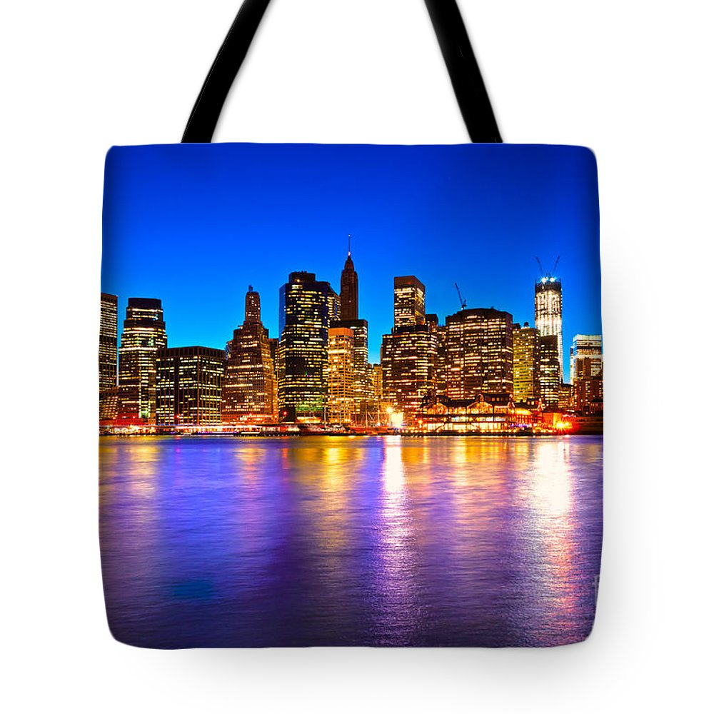 Usa Tote Bag featuring the photograph Manhattan - New York City by Luciano Mortula