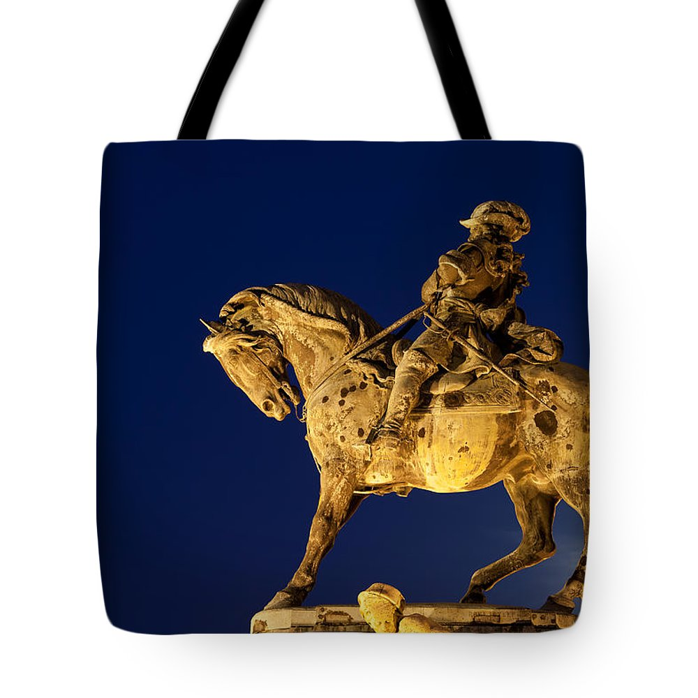 Statue Tote Bag featuring the photograph Prince Eugene Of Savoy Statue At Night by Artur Bogacki