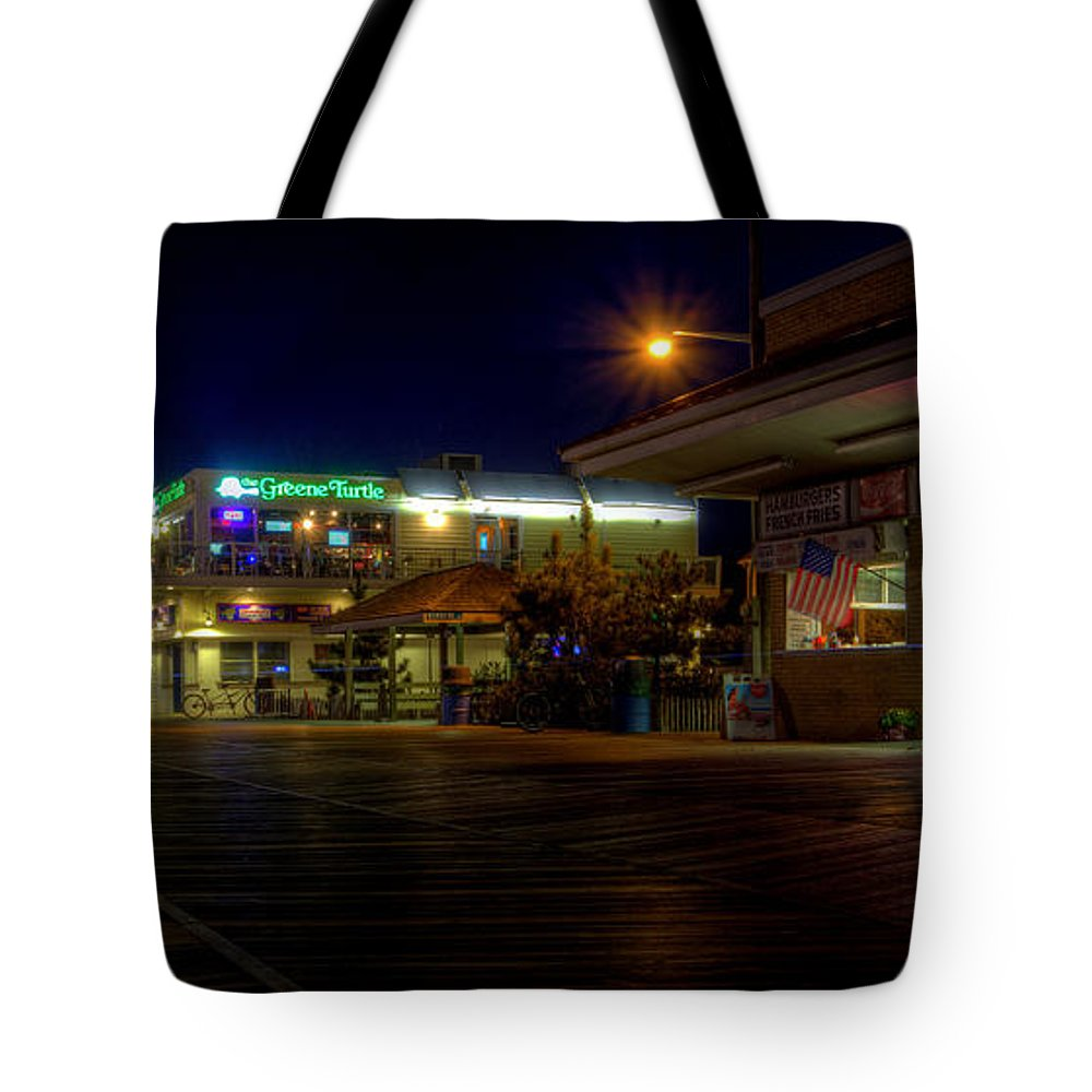 Rehoboth Beach Tote Bag featuring the photograph Rehoboth Beach Boardwalk by David Dufresne