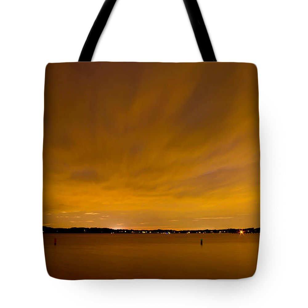 Night Tote Bag featuring the photograph Round Bay At Night by Benjamin Reed