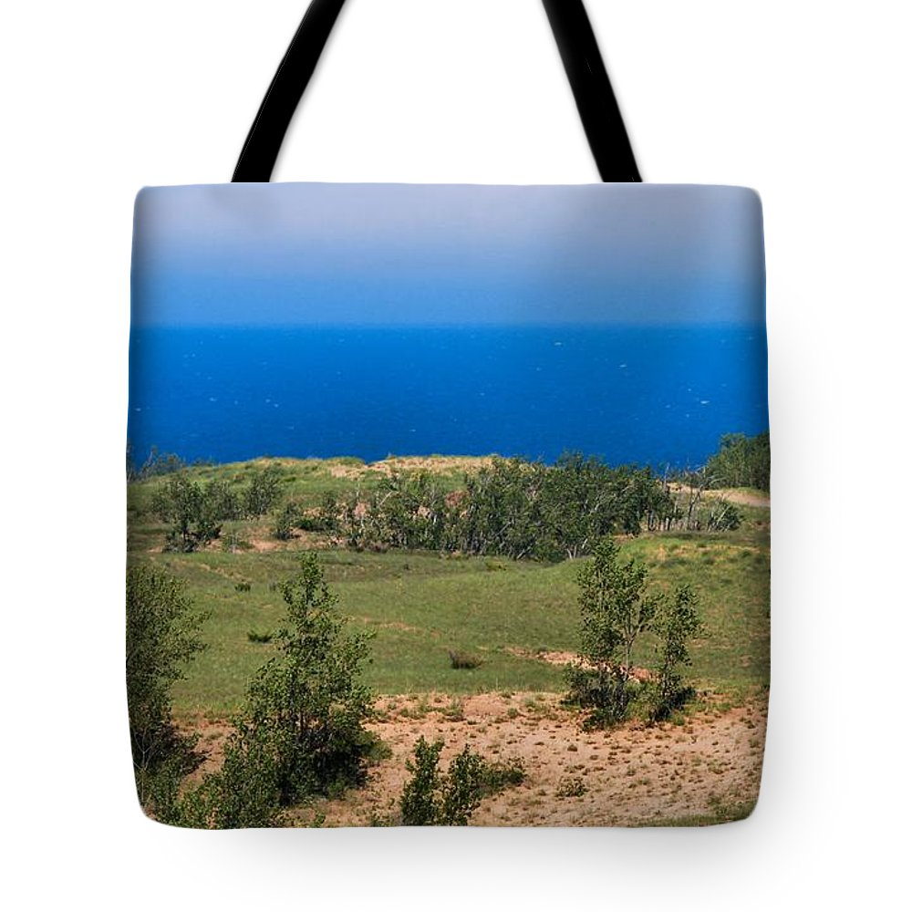 Sleeping Bear Dunes Lakeshore Tote Bag featuring the photograph Sleeping Bear Dunes Overlook by Dan Sproul