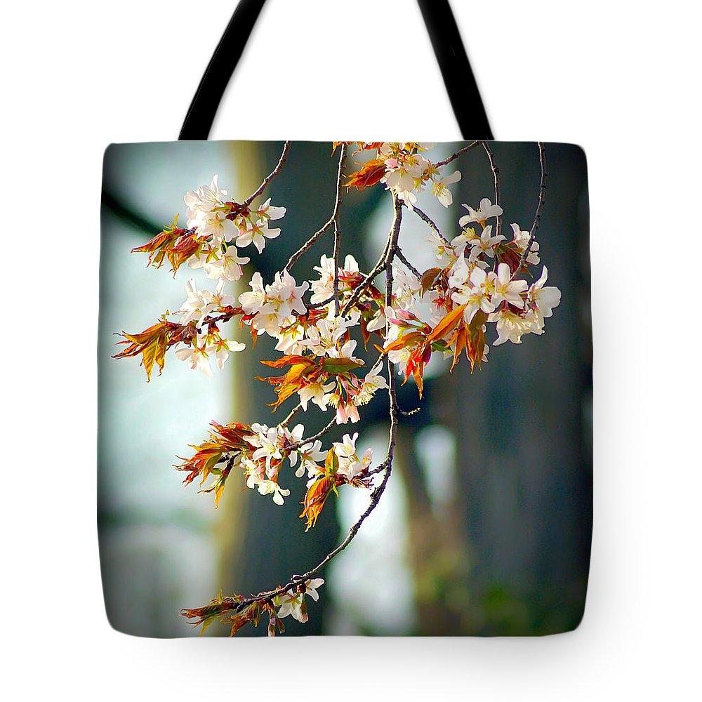 2d Tote Bag featuring the photograph Spring Blossoms by Brian Wallace