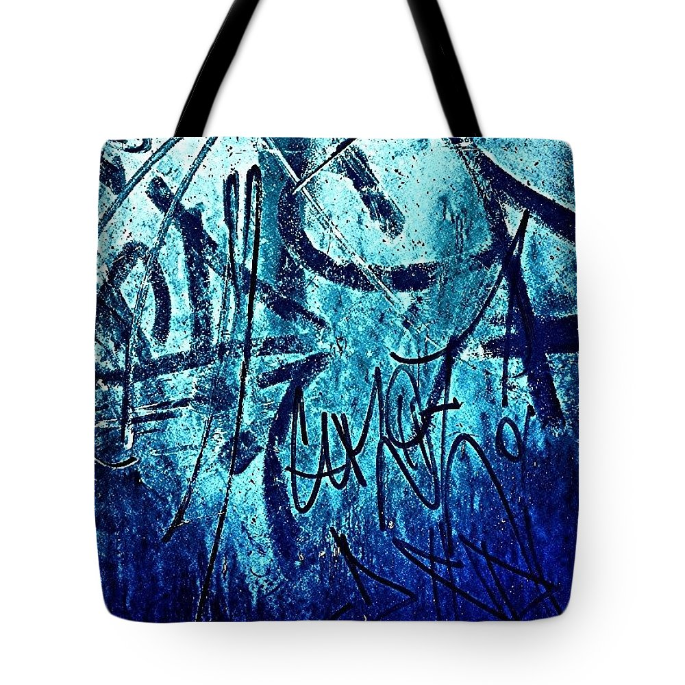 Stencilart Tote Bag featuring the photograph Graffiti by J Roustie