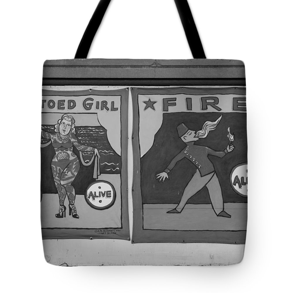 Brooklyn Tote Bag featuring the photograph Tattoos And Fire In Black And White by Rob Hans