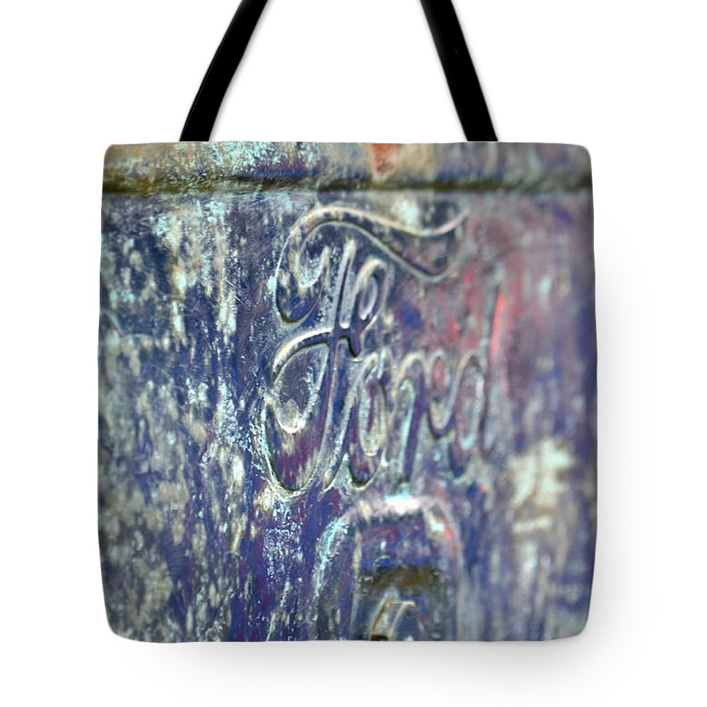 Ford Tote Bag featuring the photograph Terra Nova High School by Dean Ferreira