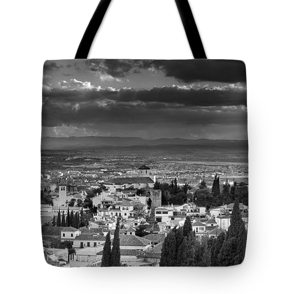The Alhambra Tote Bag featuring the photograph The Alhambra And Albaycin In Granada by Guido Montanes Castillo