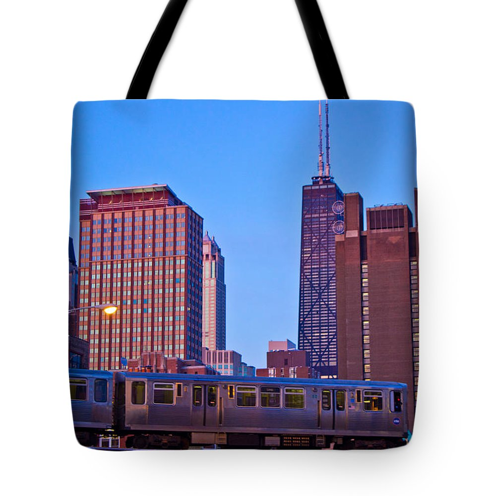 Chicago Tote Bag featuring the photograph The El In Chicago by John McGraw