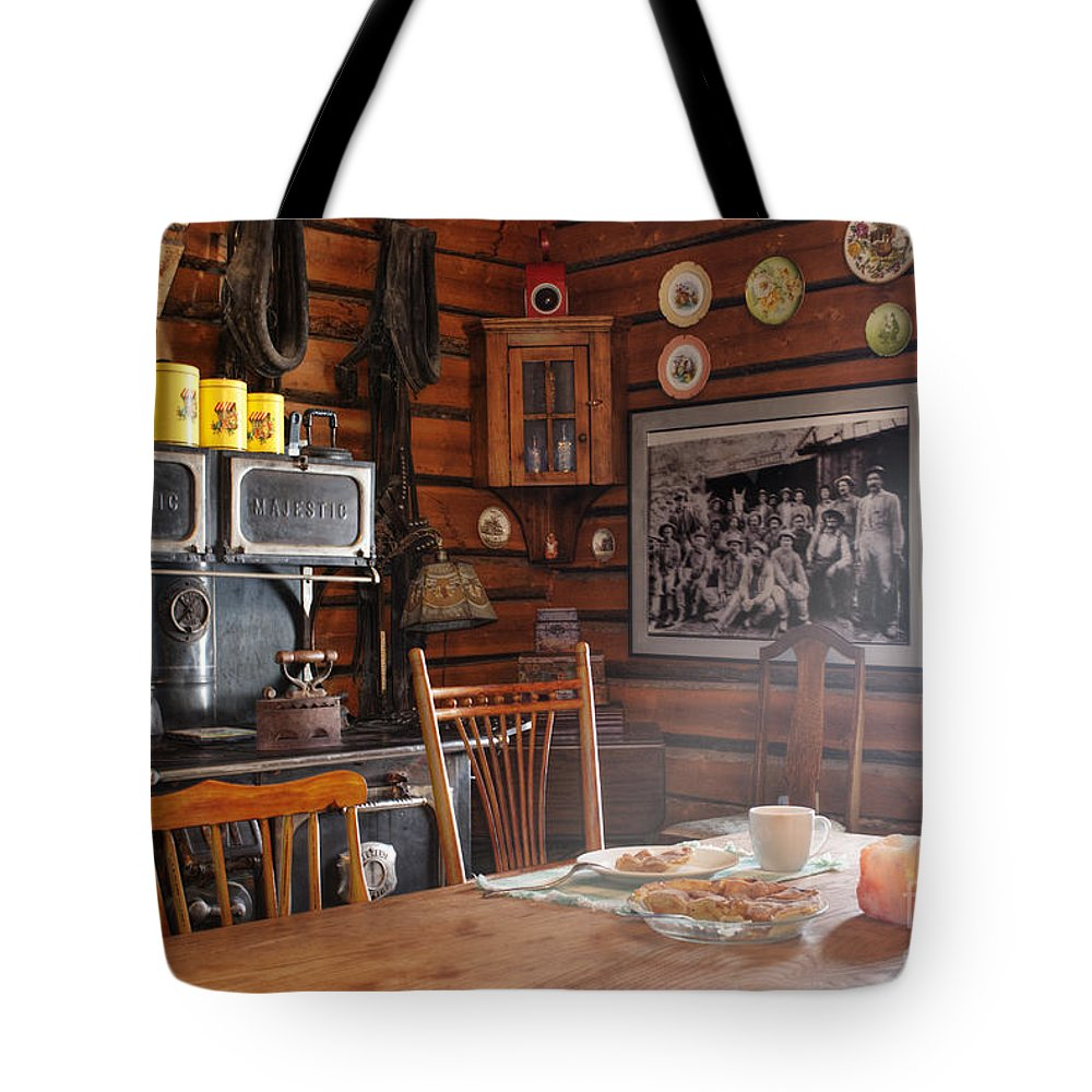 601 Klondyke Ave Tote Bag featuring the photograph The Kitchen by Juli Scalzi