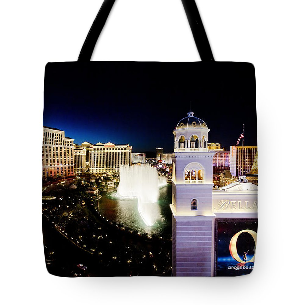 Night Tote Bag featuring the photograph The Strip At Night by Sv