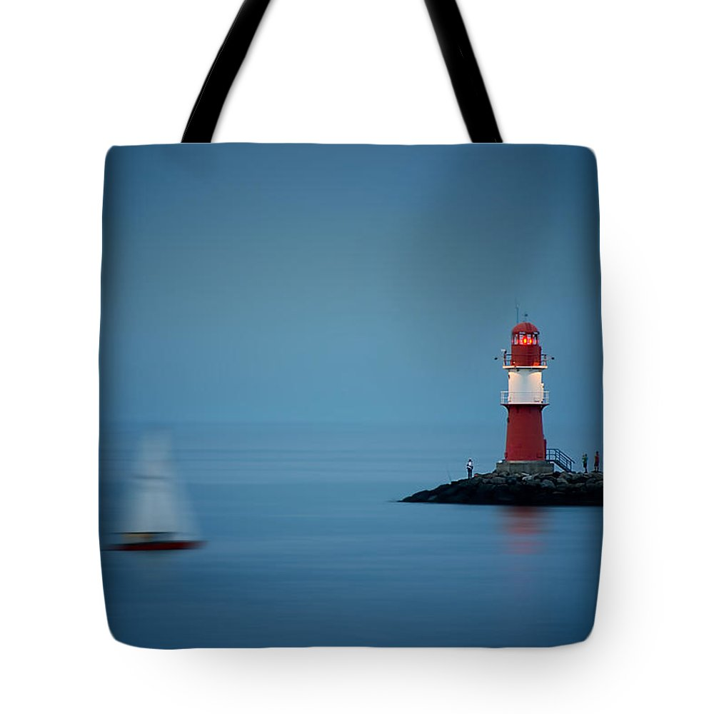 Ostsee Tote Bag featuring the pyrography Time by Steffen Gierok
