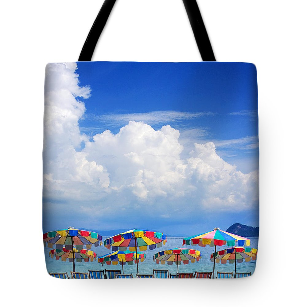 Beach Tote Bag featuring the photograph Tropical Holiday Destination by Jorgo Photography - Wall Art Gallery