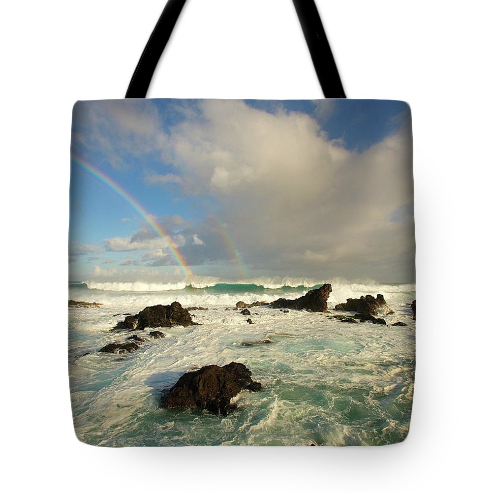 Air Art Tote Bag featuring the photograph Usa, Hawaii, Rainbow Offshore by Ron Dahlquist