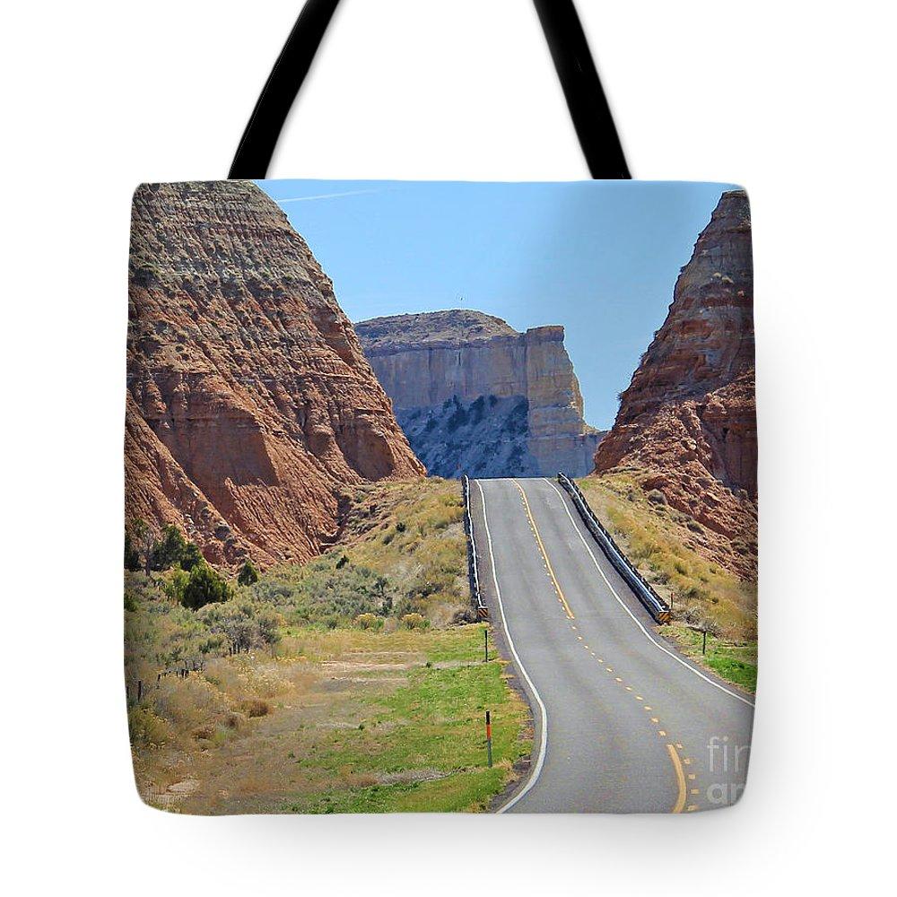 Utah Tote Bag featuring the photograph Utah Highway by Jack Schultz