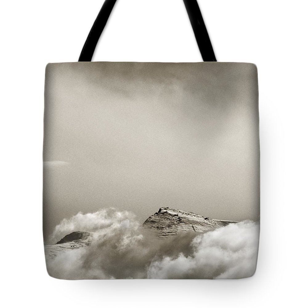 Sunset Tote Bag featuring the photograph Veleta 11148 Ft by Guido Montanes Castillo
