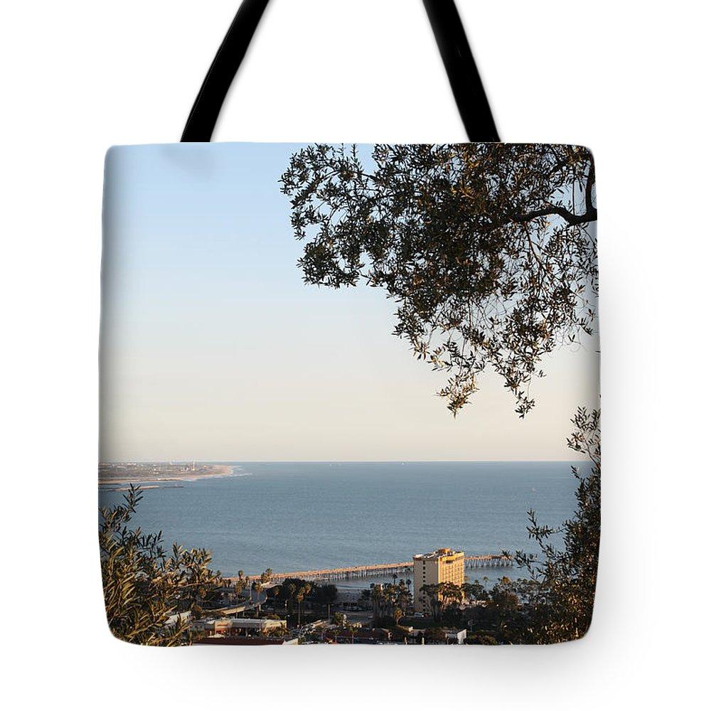 Ventura Tote Bag featuring the photograph Ventura Skyline by Henrik Lehnerer