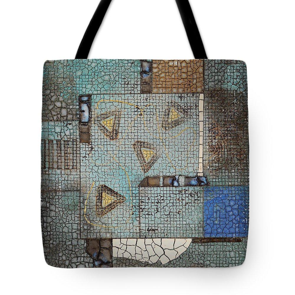 Art Tote Bag featuring the photograph Ceramic Plate Painting By Tatsuya Kodaka by Kei Uesugi