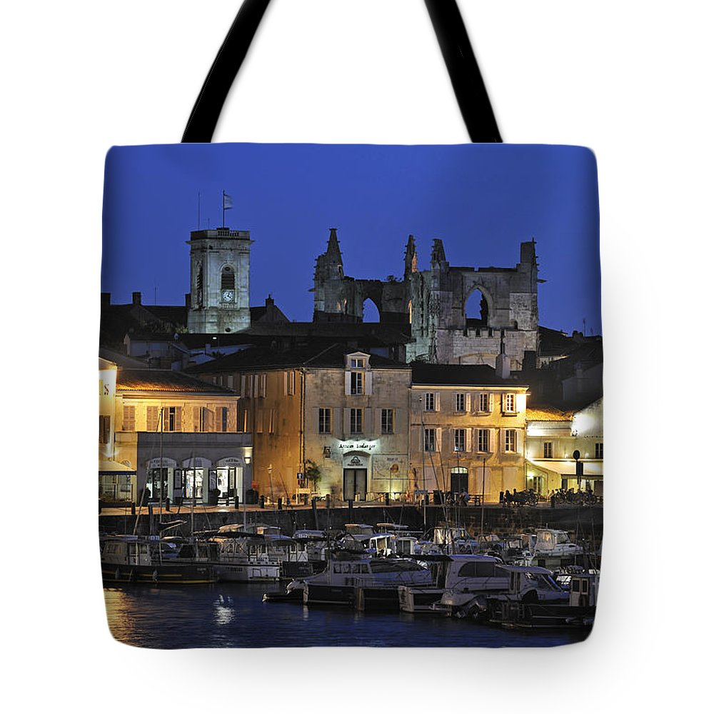 Yacht-basin Tote Bag featuring the photograph 120920p090 by Arterra Picture Library