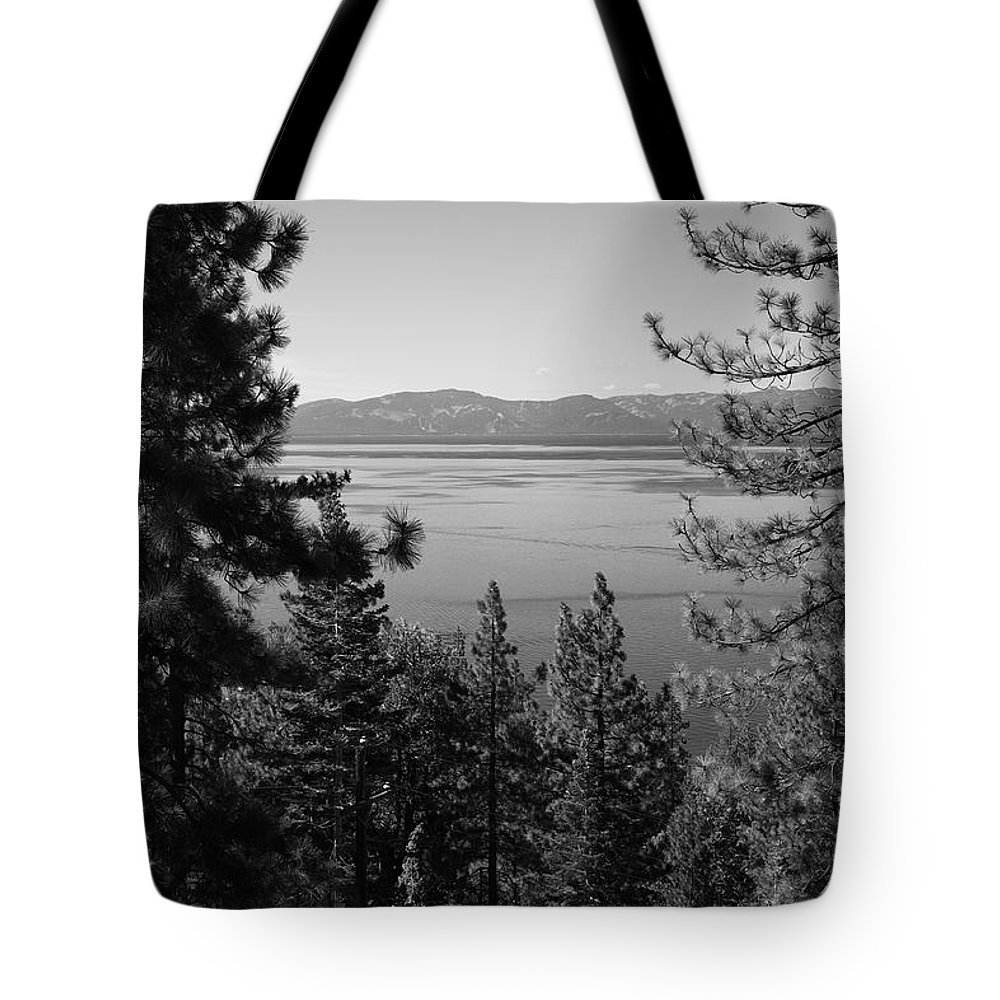 Alpine Tote Bag featuring the photograph Lake Tahoe by Frank Romeo