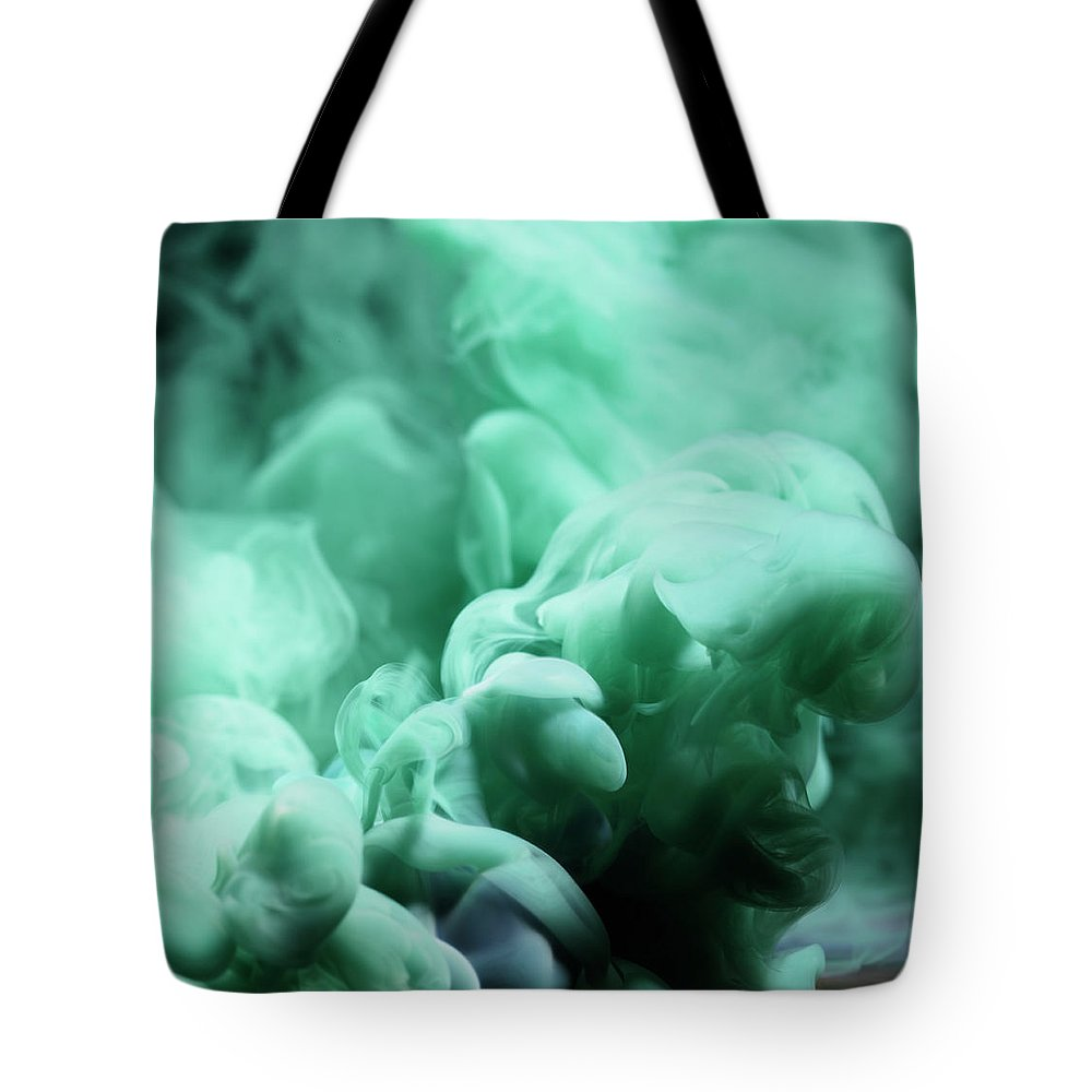Motion Tote Bag featuring the photograph Smoke by Henrik Sorensen