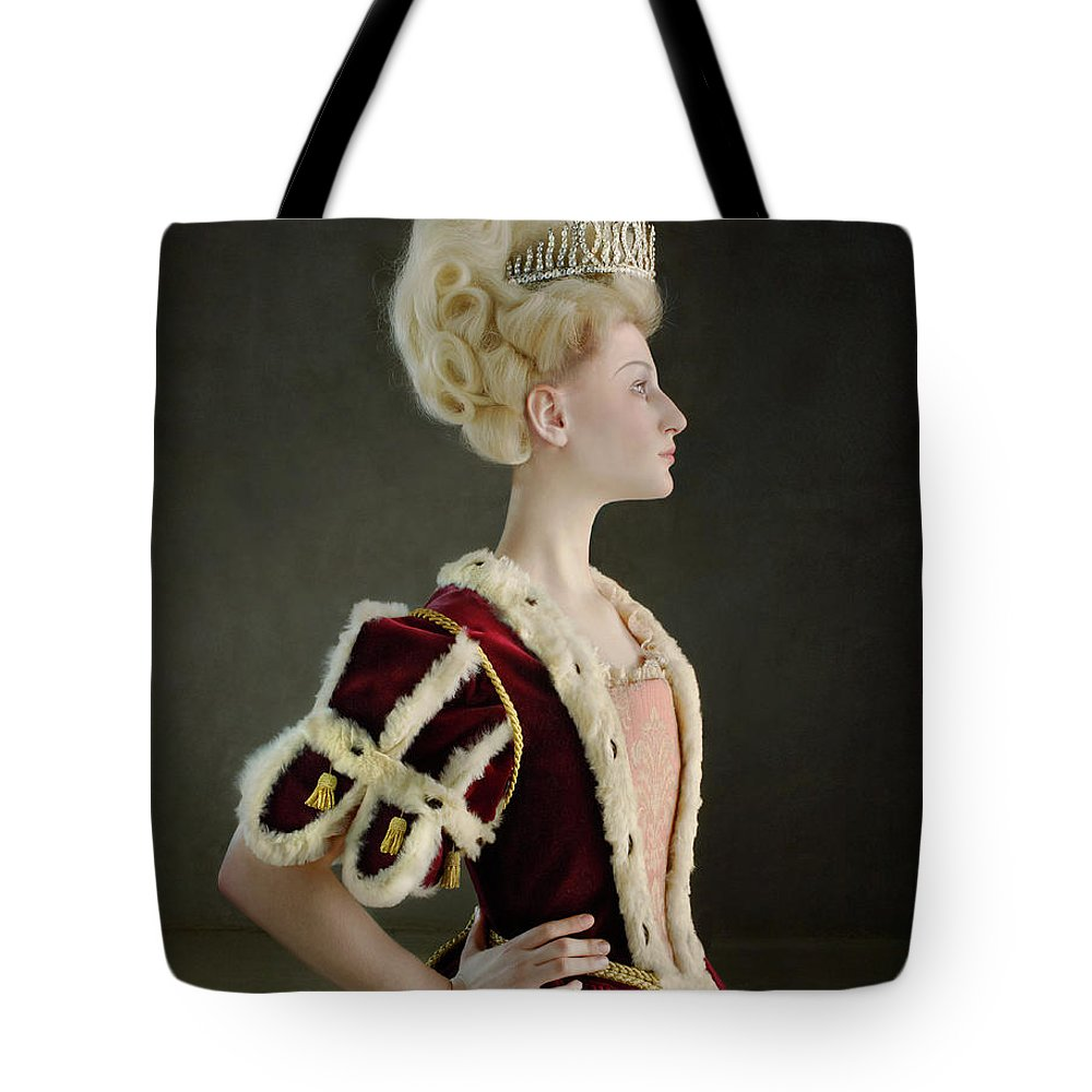 People Tote Bag featuring the photograph 18th Century Queen Wearing Red Robe by Zena Holloway