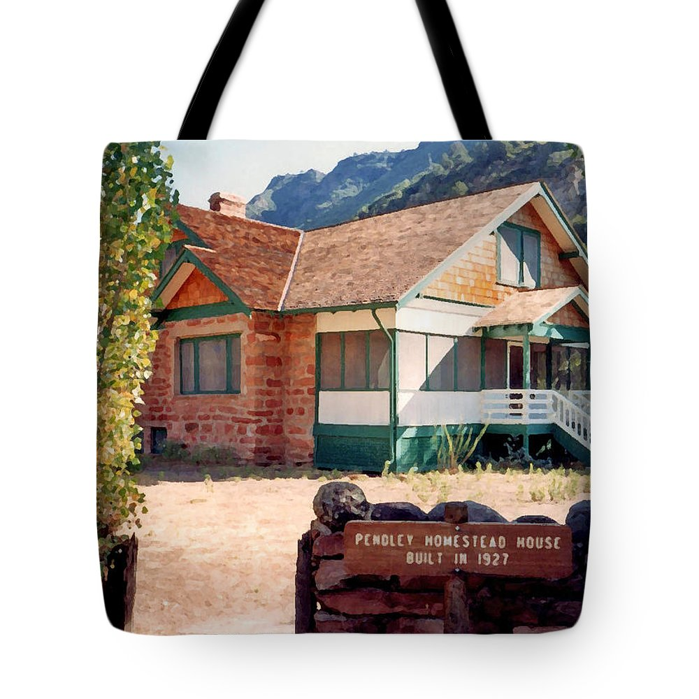1927 Pendley Homestead House Tote Bag featuring the photograph 1927 Pendley Homestead House Sedona by Connie Fox