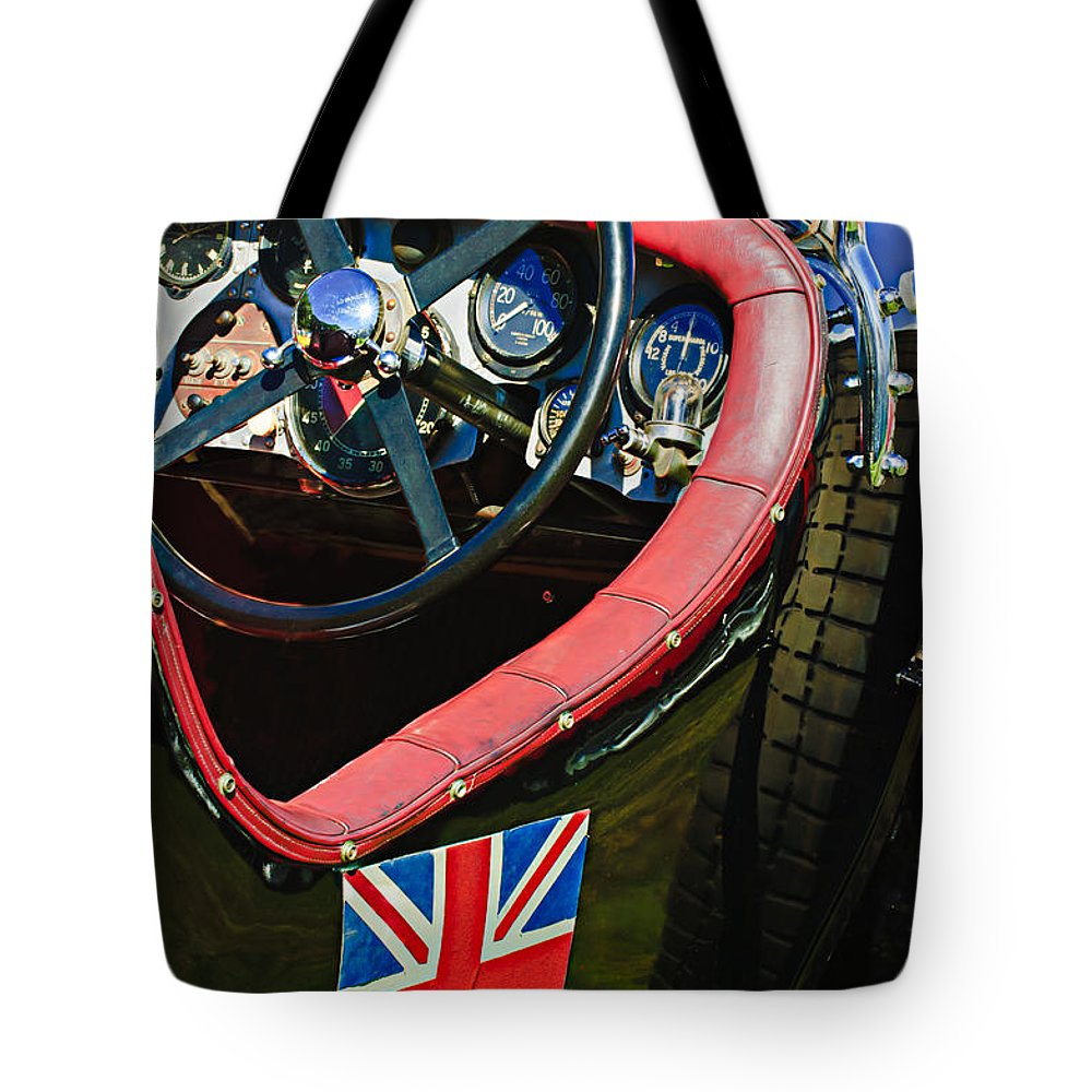 1931 Bentley 4.5 Liter Supercharged Le Mans Steering Wheel Tote Bag featuring the photograph 1931 Bentley 4.5 Liter Supercharged Le Mans Steering Wheel -1255c by Jill Reger