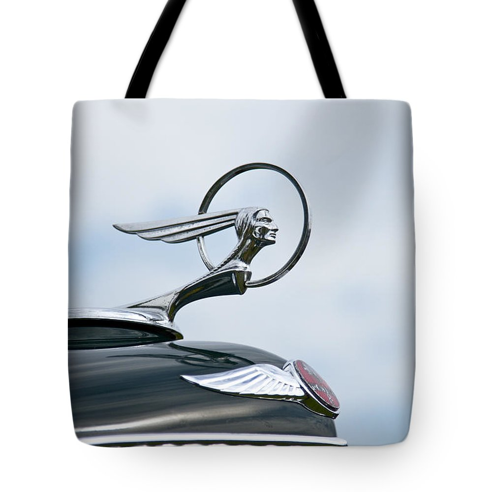 Glenmoor Tote Bag featuring the photograph 1933 Pontiac by Jack R Perry