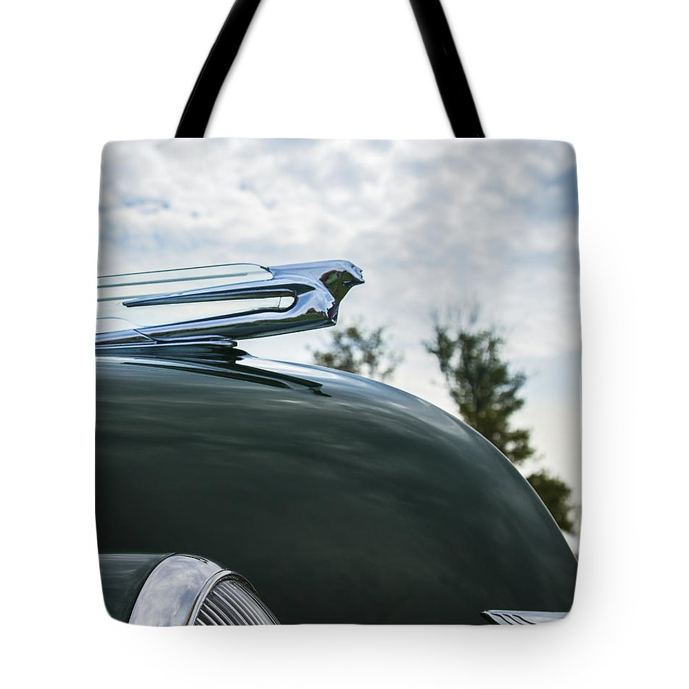 Glenmoor Tote Bag featuring the photograph 1938 Cadillac by Jack R Perry