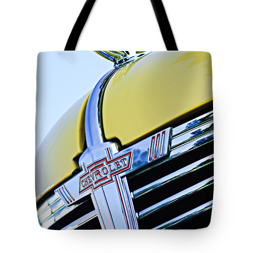 1938 Chevrolet Coupe Hood Ornament Tote Bag featuring the photograph 1938 Chevrolet Coupe Hood Ornament -0216c by Jill Reger