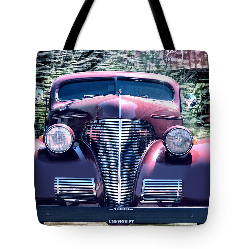 1939 Chevy Tote Bag featuring the photograph 1939 Chevy Immenent Front Original by Lesa Fine