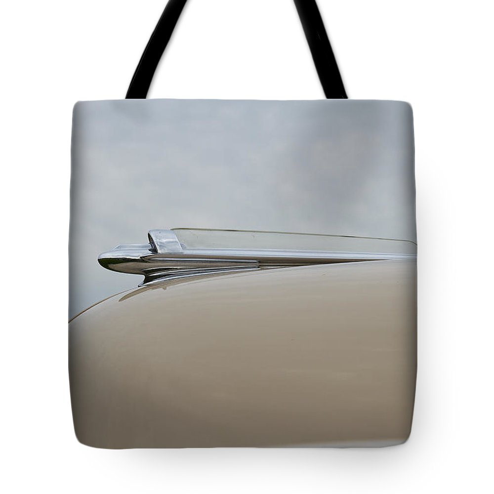 Glenmoor Tote Bag featuring the photograph 1947 Chevrolet by Jack R Perry