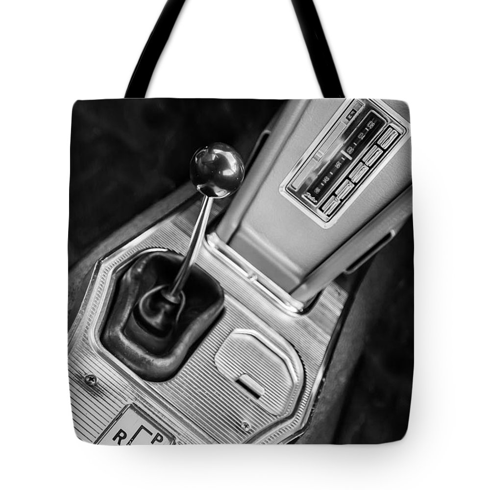 1963 Chevrolet Corvette Split Window Dash Tote Bag featuring the photograph 1963 Chevrolet Corvette Split Window Dash -155bw by Jill Reger