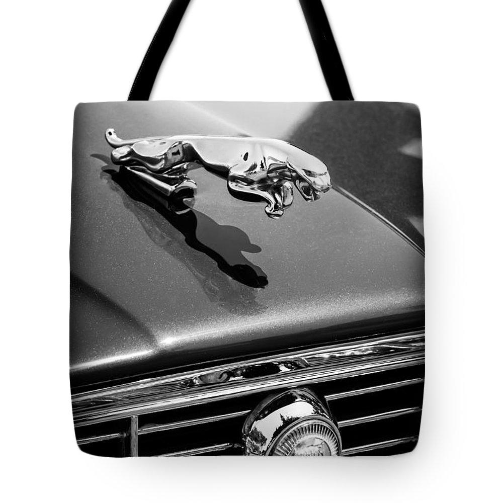 1973 Jaguar Xj6 Sedan Hood Ornament Grille Emblem 3306bw Tote Bag 1970 Art Featuring The Photograph