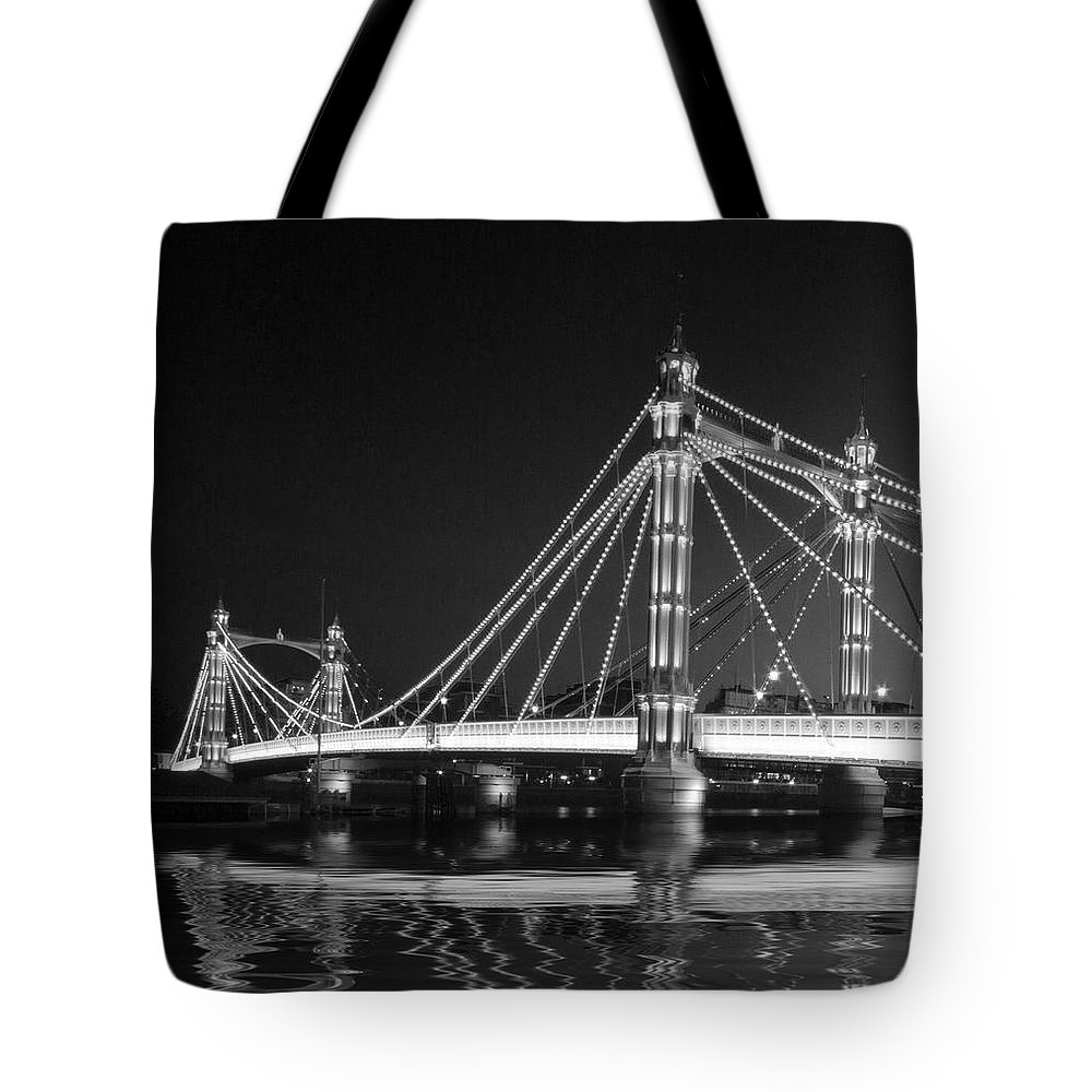 London Tote Bag featuring the photograph Albert Bridge London by David French