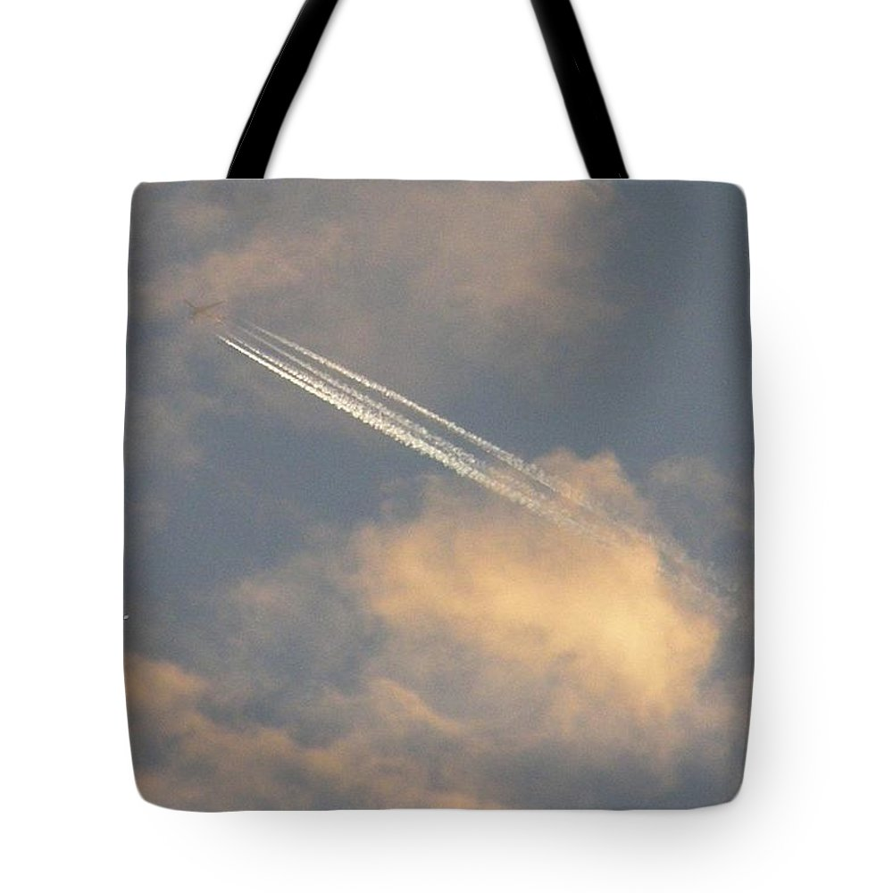 Sky Tote Bag featuring the photograph Contrail And Venus by Shannon Story