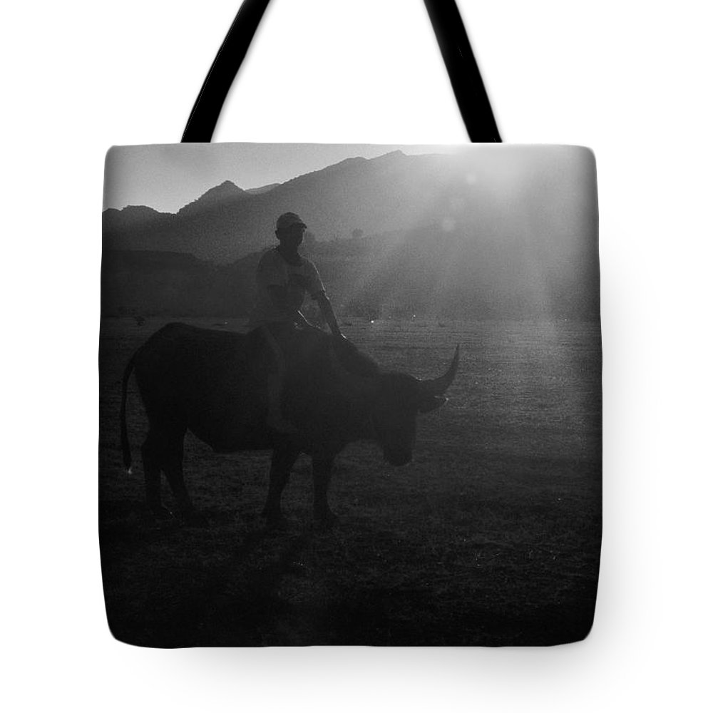 Bw Tote Bag featuring the photograph Friend Ship by Nguyen Nhat Trung