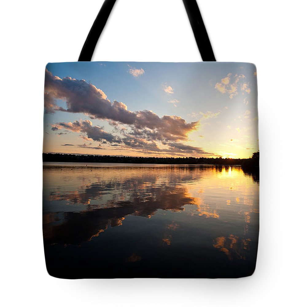 Greenlake Tote Bag featuring the photograph Greenlake Sunset by Mike Reid
