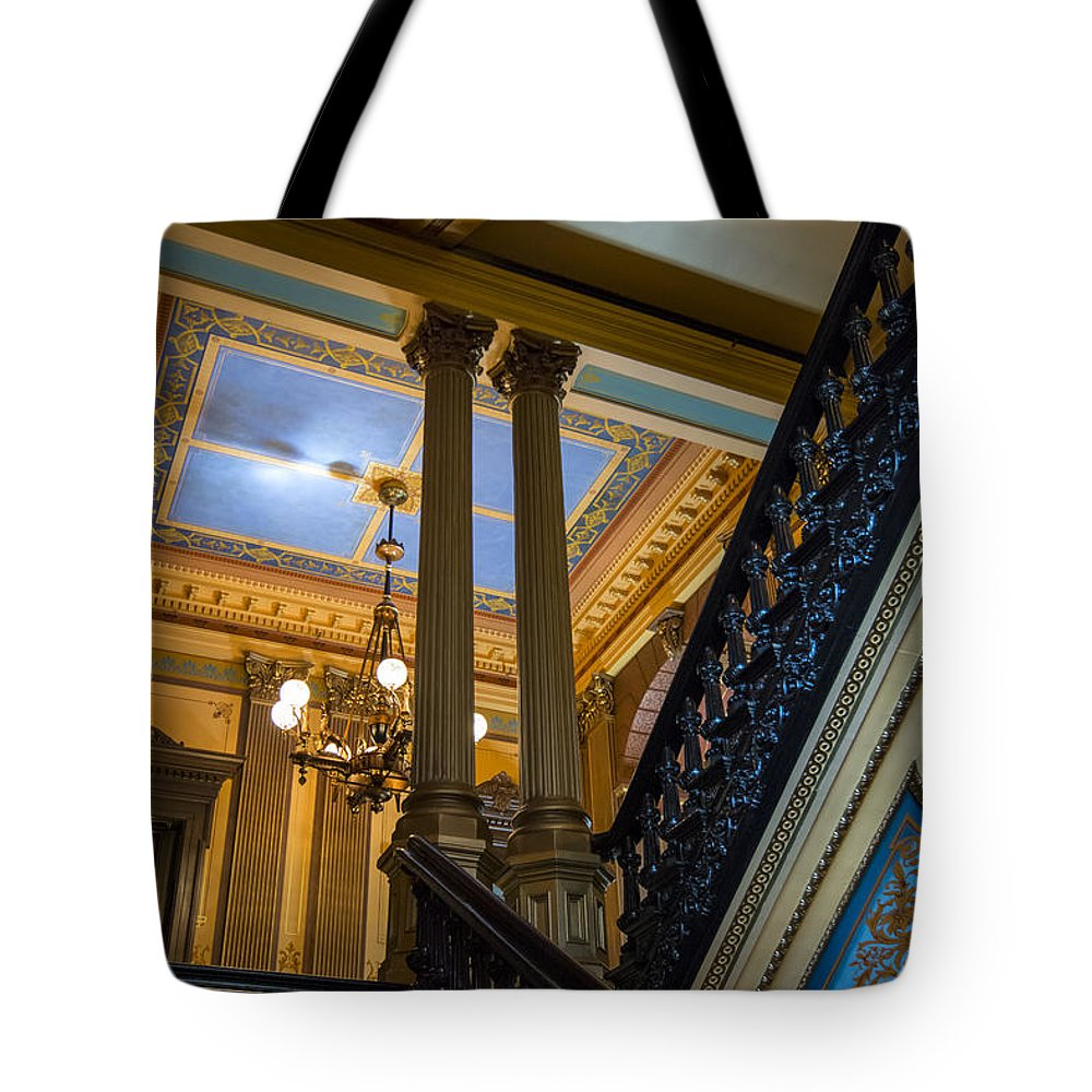 Arches Tote Bag featuring the photograph Michigan Capitol Building by Gej Jones