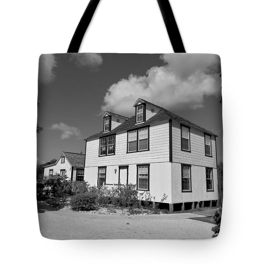 Black And White Tote Bag featuring the photograph Mission House by Amar Sheow