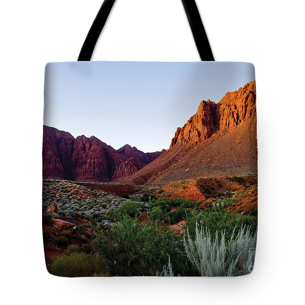 Red-rock Tote Bag featuring the photograph Red Rock Glory by Kim Marshall
