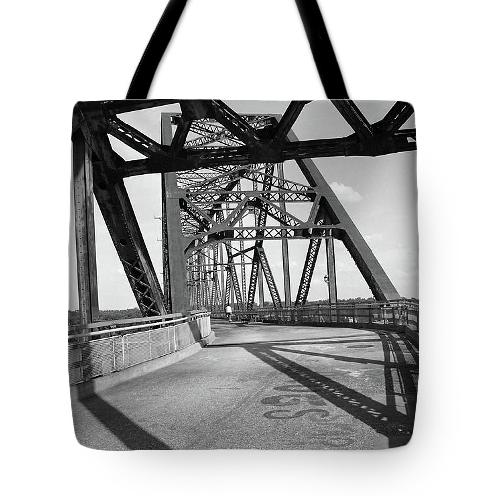 66 Tote Bag featuring the photograph Route 66 - Chain Of Rocks Bridge by Frank Romeo